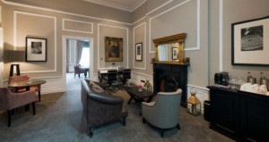 Crowne Plaza Edinburgh-The Roxburghe Opens