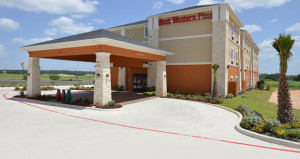 Best Western Plus Hotel Opens in Luling, Texas