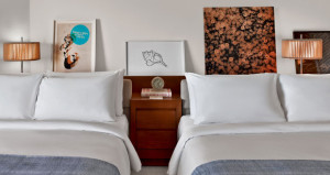 8 Tips for Sourcing Artwork for Your Hotel